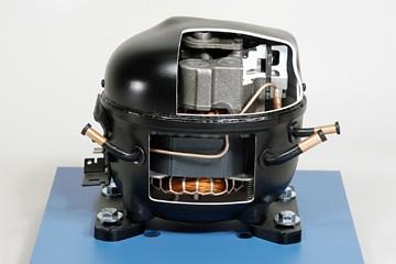 Hermetic Compressor Cutaway | 373-110