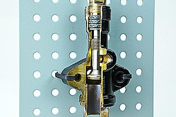 compressor service king valve cutaway