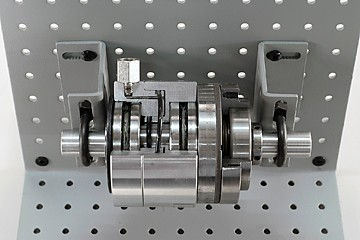 in-lin friction-type pneumatic clutch cutaway