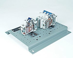 DAC Worldwide Circuit Breaker Cutaway Set | 273-906 | Angle 1
