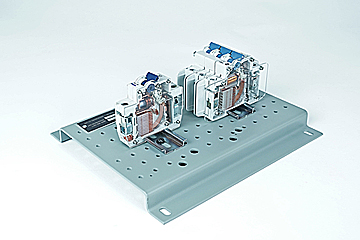 DAC Worldwide Circuit Breaker Cutaway Set | 273-906 | Angle 1