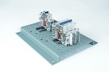 DAC Worldwide Circuit Breaker Cutaway Set | 273-906 | Angle 2