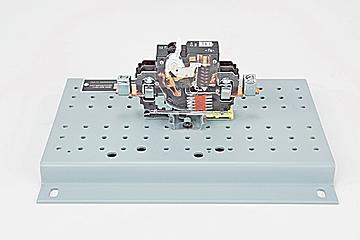 DAC Worldwide 100A, Single Pole Circuit Breaker Cutaway | 273-907 | Front