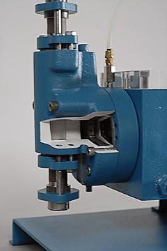 Hydraulic Diaphragm Metering Pump Cutaway, Lost Motion Adjustment Type