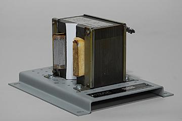 DAC Worldwide Single-Phase Transformer Cutaway | 273-912 | Angle 1